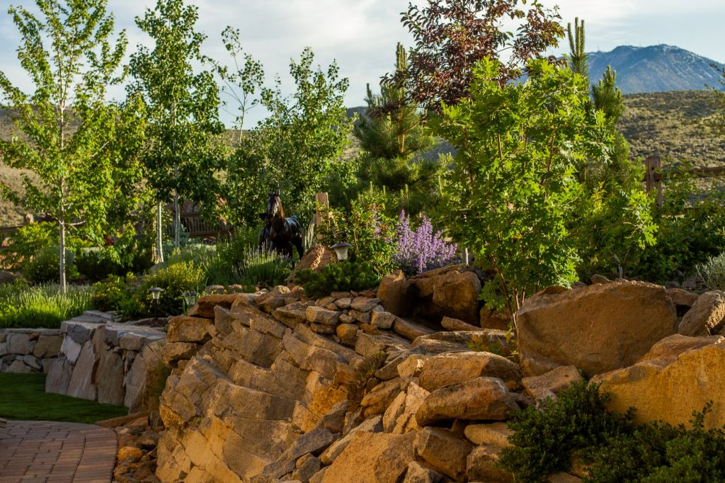 Landscape Boulders Reno Nv : Retaining walls nvision landscaping llc